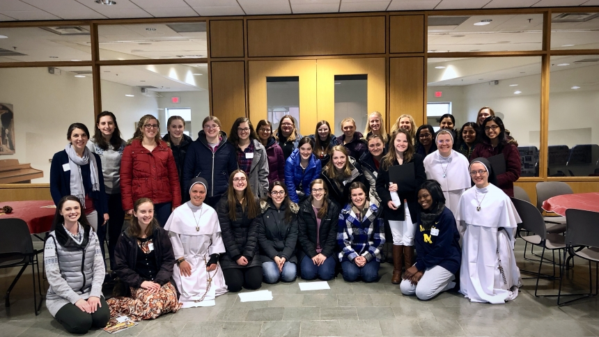 Nun Run 2018 Discerners with Dominican Sisters